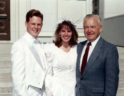 Rebecca and Troy Belliston, married by EJ Morgan